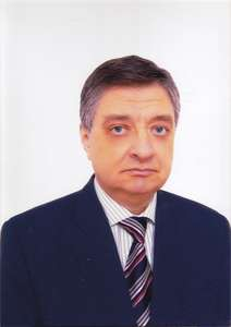 Професор, доктор Корнел Панайт