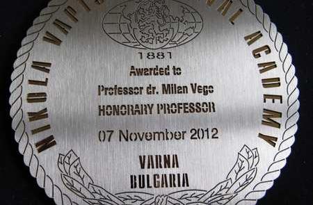 medal-professor