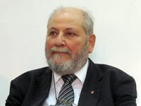 Майкъл Мавроникис