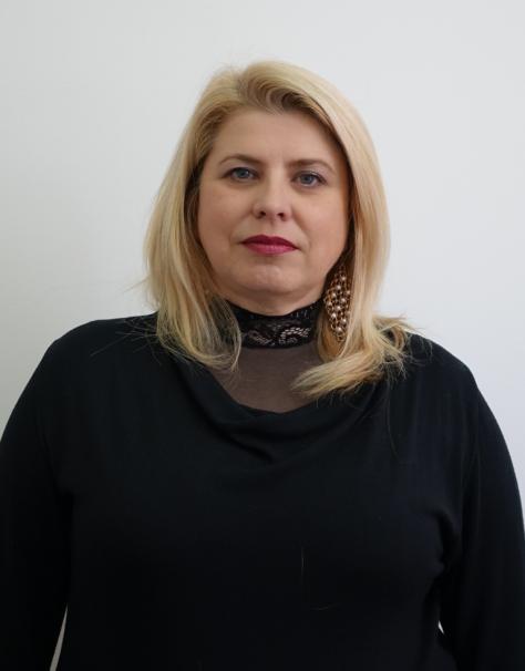 Петина Вичева