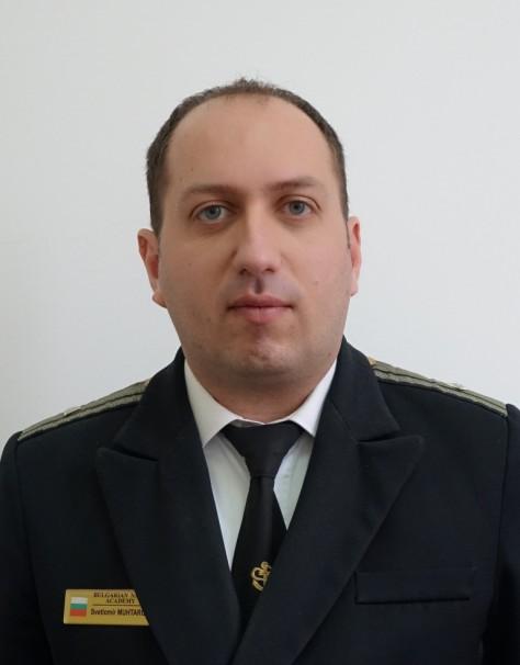 Светломир Мухтаров