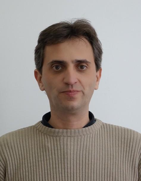 Лъчезар Конаков