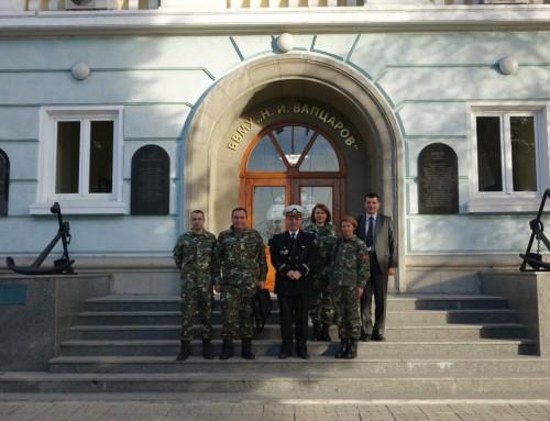 """ВВМУ """"Н. Й. Вапцаров"""" има готовност да обучава военни медици и за Република Македония"""