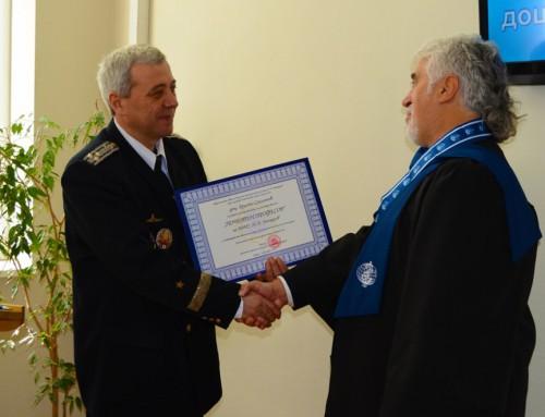 """Христо Смоленов е удостоен със званието """"Почетен професор на ВВМУ """"Н. Й. Вапцаров"""""""