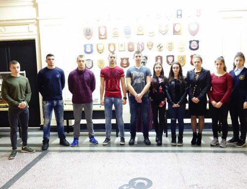 """Първи ранен прием на кандидат-курсанти във ВВМУ """"Н. Й. Вапцаров"""""""