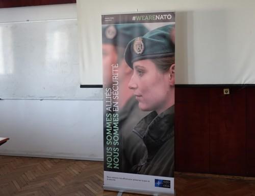 """Среща по проект """"Младежки посланици на НАТО"""" в Морско училище"""