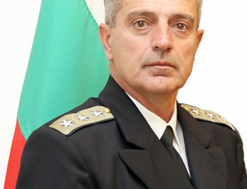 """Възпитаник на ВВМУ """"Н. Й. Вапцаров"""" е номиниран за началник на отбраната"""