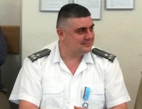 Министърът на отбраната награди изявени военнослужещи от Морско училище