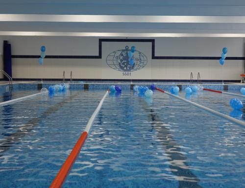 Плувният комплекс в Морско училище – с подаръци за най-малките за Деня на детето