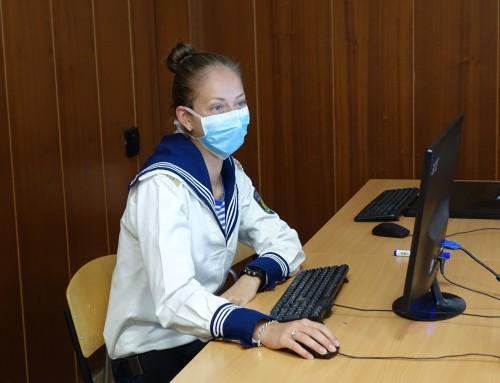 """Катедра """"Информационни технологии"""" проведе държавен изпит под формата на компютърно базиран тест"""