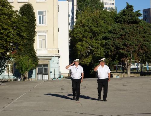 Началникът на Морско училище връчи пагони на военнослужещи