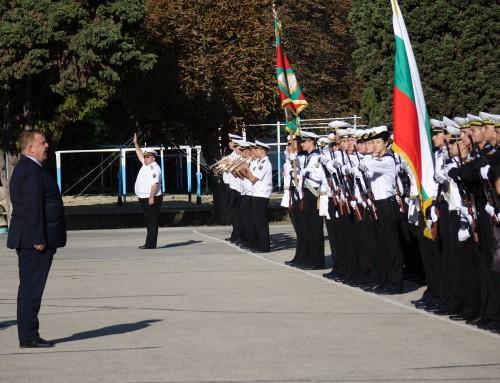 Новите курсанти в Морско училище положиха военна клетва