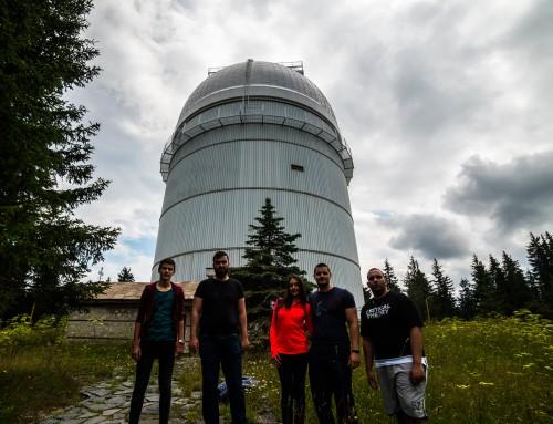 Екип на Морско училище провежда астрономически наблюдения в Рожен