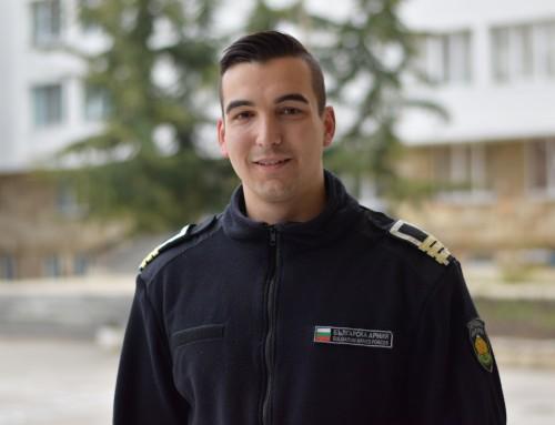 Младежки посланик на НАТО от Морско училище приключва успешно своя мандат