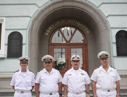 Командирът на ВМС на Румъния посети Морско училище
